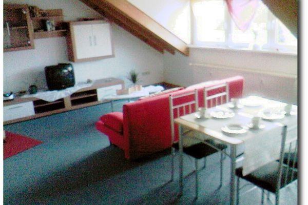 wohnzimmer-mit-essecke-103F00A2F-2BC0-602B-370D-88DDBAD5EFBA.jpg