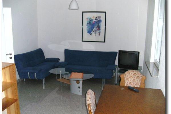 wohnzimmer-marc63739EEA-DE50-032A-C1B1-B779B12BC6CE.jpg